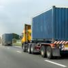 asegurar la carga en un camión