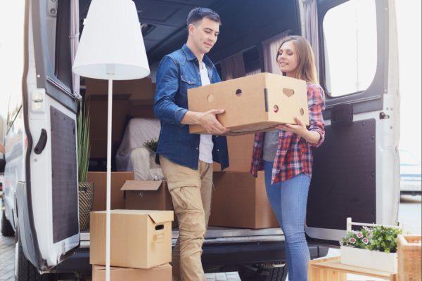 traslado-de-muebles-con-furgoneta-de-alquiler